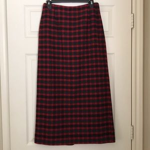 Red and black plaid wool blend skirt. Size 6